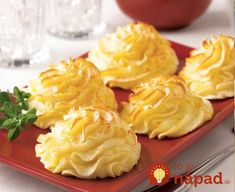 Looking for a delicious party side dish? Try our Duchess Potatoes recipe today for everyone to enjoy. Made using Daisy Sour Cream. Potato Dishes, Potato Recipes, Duchess Potatoes, Daisy Sour Cream, Good Food, Yummy Food, Delicious Recipes, Xmas Dinner, Recipe Today