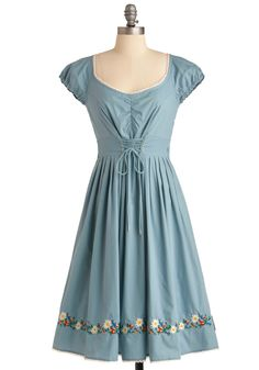 Reminds me of one of Maria's dresses in The Sound of Music. I would look terrible in this dress.