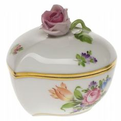 Herend Heart Bonbon with Rose http://www.continentaltablesettings.com