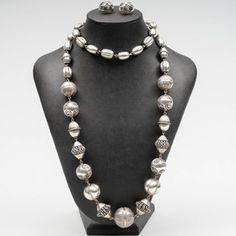 KALEVALA KORU, Halikon kääty. Jewerly, Elegant, Design, Classy, Jewlery, Schmuck, Jewelry, Jewels