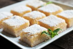 This delicious Meyer Lemon Bars Recipe is delicious as a slice of lemon pie, but so much simpler to make! Plus they can be cut up and carried anywhere you like, making them perfect for sharing! Get the full recipe and video tutorial here. Gluten Free Baking, Gluten Free Desserts, Delicious Desserts, Dessert Recipes, Yummy Food, Catering Menu, Meyer Lemon Bar Recipe, Lemon Squares, Lemon Cake Mixes