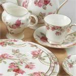 Very delicate pink and white tea set Vintage Cups, Vintage China, Vintage Tea, Pot Lids, Weight Loss Tea, Rose Tea, Tea Accessories, Afternoon Tea, Tea Set