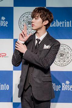 [업텐션] 업텐션의 비주얼을 추격해보자(feat.쇼케이스 현장 공개) : 네이버 포스트 Nam Joo Hyuk Wallpaper, Pin Pics, Produce 101 Season 2, My Prince, Mingyu, My Crush, Kpop Boy, My Boyfriend, Rapper
