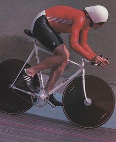 Track Cycling, Retro Bike, Push Bikes, Fixed Gear Bike, Athletic Body, Bicycle Race, Vintage Bikes, Road Bike, Seoul