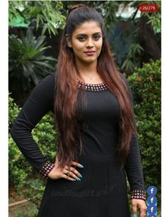 Actress Iniya Becomes Producer Iniya and team has decided to donate the proceeds from the song to cancer patients Read more news on Flico App Most Beautiful Indian Actress, Beautiful Actresses, All Black Dresses, Malayalam Actress, Tamil Actress Photos, Indian Beauty Saree, India Beauty, Sexy Hot Girls, Sweet Girls