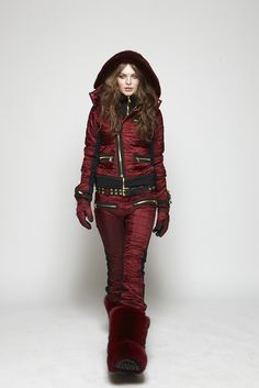 fall14 collection , sos sportswear, sportswear, skiing , clothes, fashion, alpines, gold, gold zippers, fox fur boot , fur boot, genepant, pant, jackiejacket, jacket, rivet belt, zip glove, mink ,mink panel on hood, kopenhagenfur, denmark.  www.sos-sportswear.com