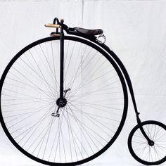 Gloss black is always beautiful #pennyfarthing #handmade #pennfarthingdan #black #wheels #fast #hoon #allblack