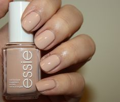 Essie Spring 2014 Collection swatches - Spin the bottle. My new fav nude Essie Nail Colors, Spring Nail Colors, Nail Polish Colors, Spring Nails, Gel Polish, Minimalist Nails, Fun Nails, Pretty Nails, Glitter Nails