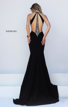 This dress is beautiful!!!
