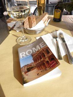 City Break à Rome Pause déjeuner ensoleillée