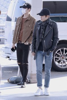 EXO Oh Sehun and Suho (Kim Joonmyun); Incheon Airport to Kuala Lumpur Airport