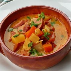 12+1 olcsó vacsora virsliből | Mindmegette.hu Soup Recipes, Cooking Recipes, Hungarian Recipes, Hungarian Food, Thai Red Curry, Ale, Bacon, Food And Drink, Restaurant