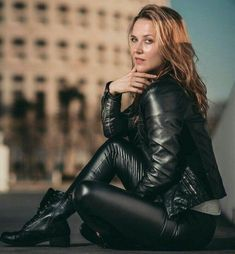 Waiting for you Head to Toe black Leather clad Leather Dresses, Leather Pants, Black Leather, Leather Jackets, Leder Outfits, Catsuit, Leather Fashion, Lady, Jeans And Boots