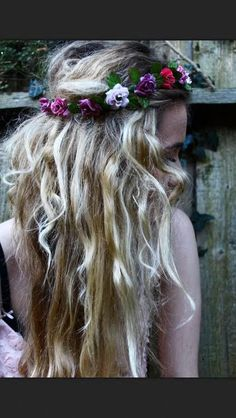 this is what i want, messy and with a lot of flowers
