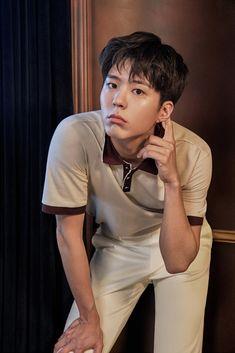 others – star media :: Park Bo Gum :: / page 5 Handsome Asian Men, Handsome Korean Actors, Handsome Boys, Hyun Bin, Dramas, Park Bo Gum Wallpaper, Park Go Bum, Kim Yoo Jung, Love Park