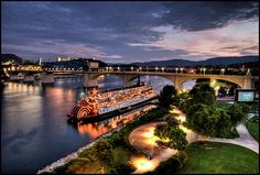 The Delta Queen, shot from the Walnut Street pedestrian bridge  Tennessee River, Chattanooga, Tennessee