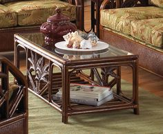 Rattan & Wicker Coffee table in TC Antique Finish with Glass