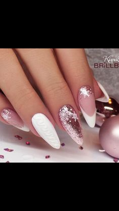 61 Christmas Nail Art Designs & Ideas for 2019 # Christmas nails – # Christmas nails The Effective Pictures We Offer You … Xmas Nails, Holiday Nails, White Nails, Pink Nails, Glitter Nails, Pink Glitter, Stiletto Nails, Glitter Art, Holiday Makeup