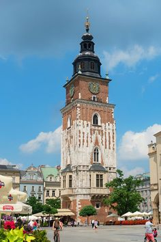 Planning a trip to Krakow? Here are the absolute BEST things to do in Krakow Poland. If you're going to Krakow, you shouldn't miss these! Nuremberg Castle, Visit Krakow, Invasion Of Poland, Krakow Poland, Old Town Square, Baroque Architecture, Medieval Town, Most Beautiful Cities, Travel Alone