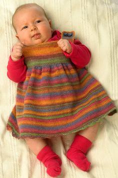 Strik babys første kjole