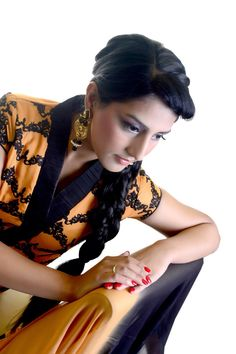 Styling hair accessories by nishadavdra.com