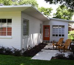 Atomic Ranch- I would love to have a little MCM house like this one!