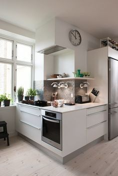 Bright kitchen project
