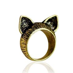 Meow Cat Ear Ring will be the most unique and hipster rings that you will ever find. It features a cat ears carved intricately in antique gold or silver. Modern and edgy to add some punk to your style! Colors: Antique Silver or Antique Gold Size 6