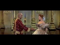 """Yul Brynner and Deborah Kerr perform """"Shall We Dance"""" from the 1956 film version of """"The King and I. Deborah Kerr, Dance 4, Partner Dance, Gary Jones, Trailer Peliculas, Yul Brynner, An Affair To Remember, Shall We Dance, Sound Of Music"""
