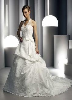A-Line Sexy Deep V-Neckline Halter Strap with Lace Appliques and Ribbon Zipper Organza Wedding Dress