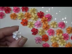 43 Ideas Diy Paper Flowers Easy Small For 2019 Easy Paper Flowers, Paper Flower Tutorial, Origami Flowers, Small Flowers, Sailor Moon Crafts, Diy And Crafts, Paper Crafts, Flower Crafts, Flower Making