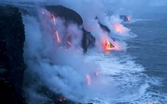 Hawaii Island Volcanoes National Park  Where the lava meets the ocean