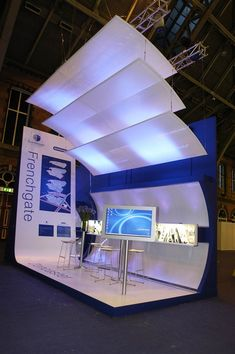 Exhibition Illuminated Screens | Frenchgate