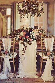 Gold Glam Wedding Inspiration with some super glam styling. Designed by Opihi Love Event Design and photographed by Tamiz Photography. Gold Wedding, Wedding Flowers, Dream Wedding, Wedding Day, Glamorous Wedding, Wedding Goals, Autumn Wedding, Elegant Wedding, Wedding Chairs
