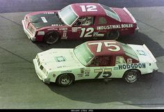 1983 Goody's 300 Daytona Neil Bonnett #12 battles Tommy Ellis #12