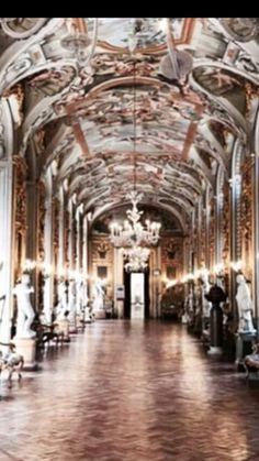 Palacio Mirabilia.Roma.