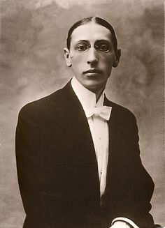 Igor Stravinsky -Russian-born, naturalised French, later naturalised American composer, pianist, and conductor. He is widely acknowledged as one of the most important and influential composers of century music. Famous Ballets, The Rite Of Spring, Classical Music Composers, Ballet Russe, Russian American, People Of Interest, Art Music, Famous People, Aretha Franklin