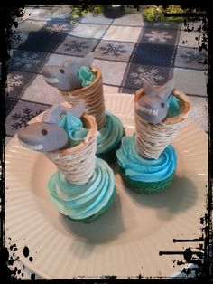 Today I made Sharknado Cupcakes in celebration of Shark Week! I really enjoy making nerdy themed goodies and decorating them. Shark Cupcakes, Shark Cake, Cute Cupcakes, Shark Party, Ocean Party, Birthday Fun, Birthday Ideas, Birthday Cakes, Baby Shark
