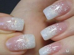 Love this for a winter wonderland look. Especially a winter wedding nail.