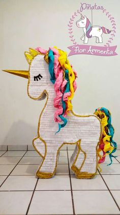 Patrick's Day Unicorn Pinata in 2019 Birthday Pinata, Unicorn Themed Birthday, Diy Birthday, 1st Birthday Parties, Birthday Ideas, 10th Birthday, Unicorn Pinata, Unicorn Cupcakes, Unicorn Party