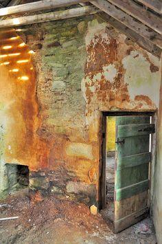 #abandoned #ruins #alfierepins