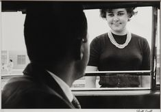 Elliott Erwitt - 577 Artworks, Bio & Shows on Artsy Documentary Photographers, Famous Photographers, Portrait Photographers, Elliott Erwitt Photography, City Photography, Leonard Freed, Marc Riboud, Willy Ronis, Photography Essentials