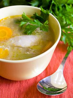The most filling foods offer healthy volume without loading you up with empty calories. Include these healthy foods to manage weight and feel full longer. Ginger Chicken Soup, Chicken Bone Broth Recipe, Diet Recipes, Cooking Recipes, Healthy Recipes, Healthy Foods, Diabetic Recipes, Yummy Recipes, Soup Recipes