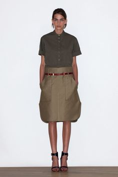 See the complete Céline Resort 2010 collection.