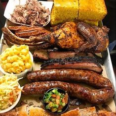 BBQ Platter... This with all beef, brisket, beef ribs, beef chorizo, beef bacon and maybe some smoked turkey legs... Yaaasss 😋