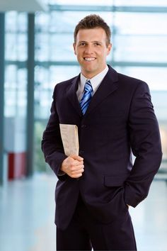 THE BEST LOOKS FOR MEN FOR JOB INTERVIEW
