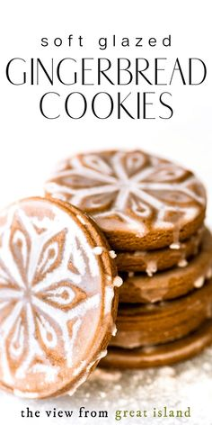 Soft Glazed Gingerbread Cookies made with cookie stamps. These easy roll out cookies will become your new holiday favorites. Soft Glazed Gingerbread Cookies made with cookie stamps. These easy roll out cookies will become your new holiday favorites. Chocolate Chip Shortbread Cookies, Toffee Cookies, Spice Cookies, Molasses Cookies, Ginger Bread Cookies Recipe, Yummy Cookies, Cookie Recipes, Cookies Soft, Snacks Recipes