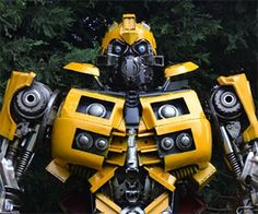 Transformers Bumblebee Statue - http://www.gadgets-magazine.com/transformers-bumblebee-statue/