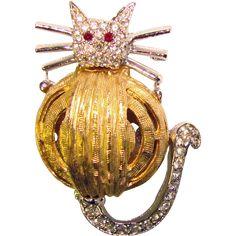 Super Cute FAT CAT Vintage Rhinestone Brooch. Jewelry under $25 at Ruby Lane www.rubylane.com @rubylanecom