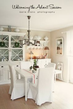 BELLE BLANC: Welcoming the Advent Season. Dining room